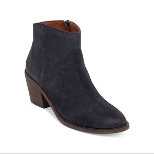 Lucky Brand Deep Navy Blue Suede Marcos Bo…